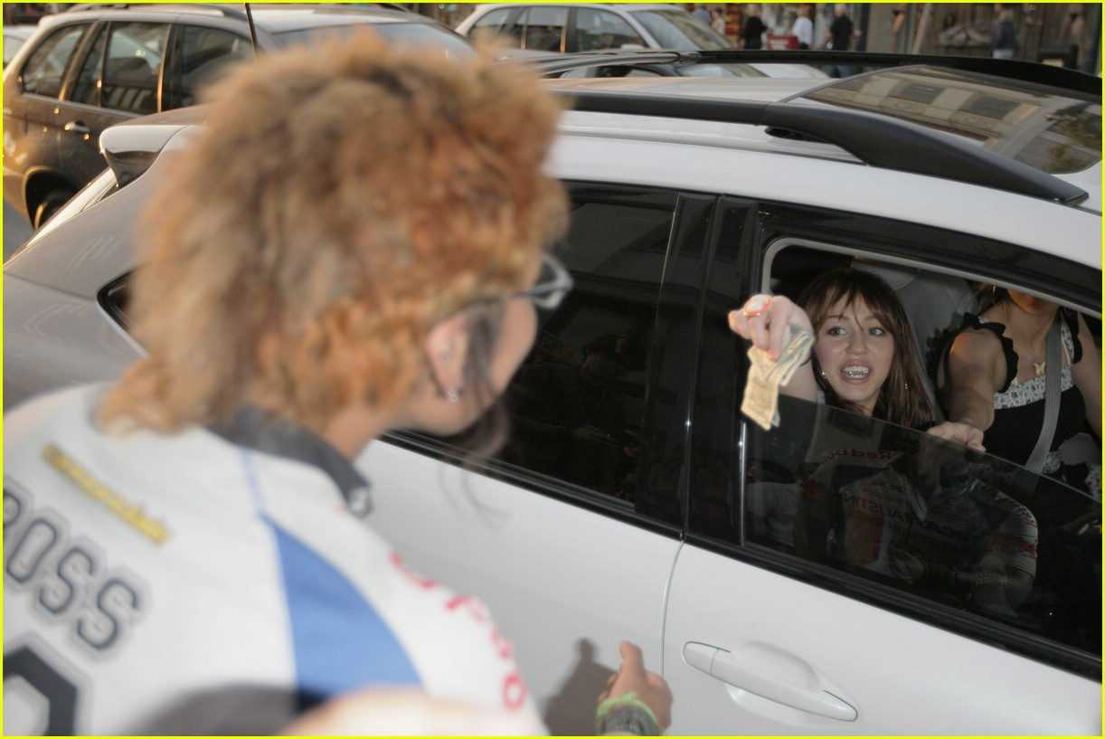 miley cyrus big give 13
