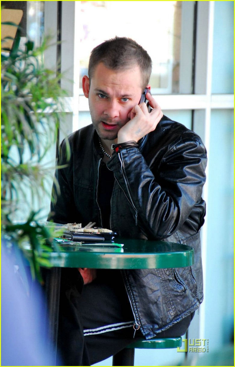 dominic monaghan beak brunch. 04989521