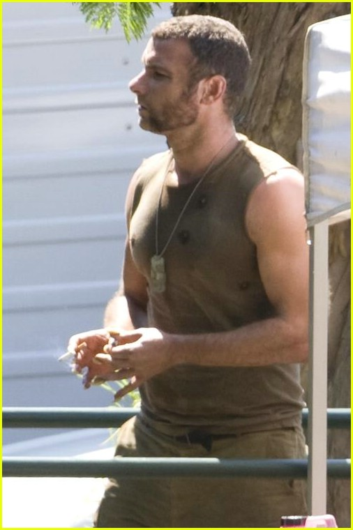 hugh jackman liev schreiber 17