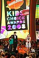 ashton kutcher 2008 kids choice awards 05