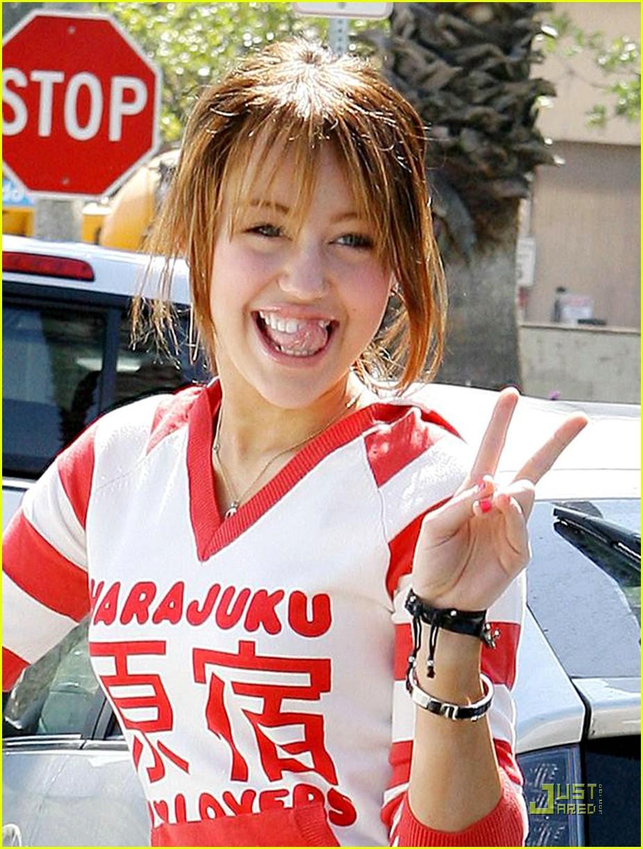 miley cyrus harajuku girl 041003991