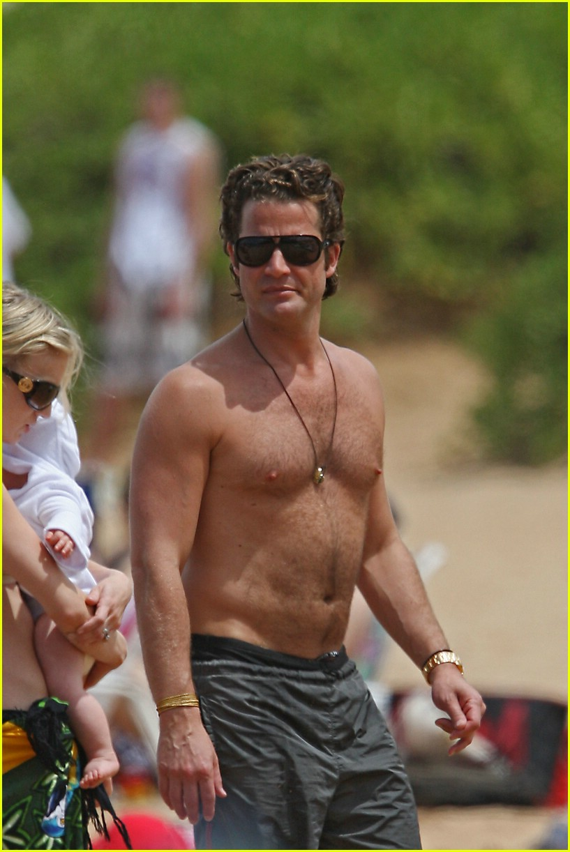nate berkus shirtless 06