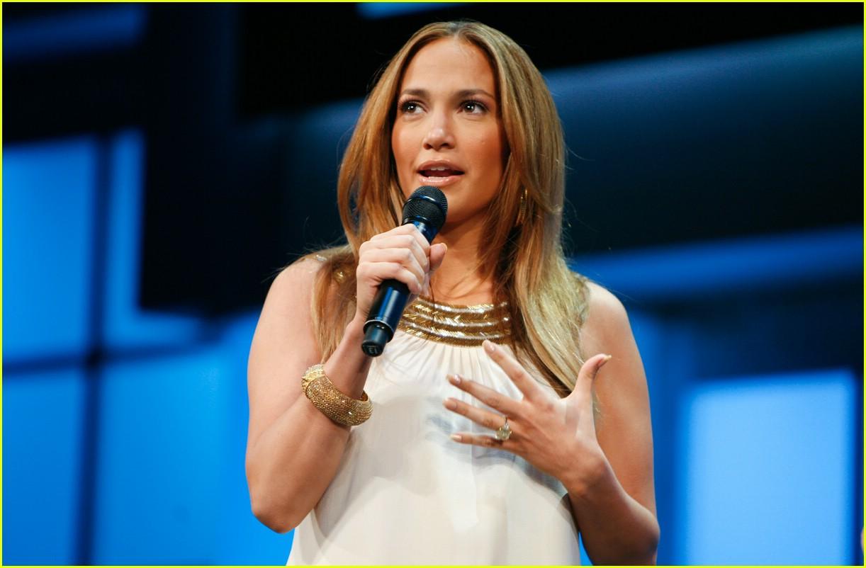 Full Sized Photo Of Jennifer Lopez Tlc 04 Photo 1086761