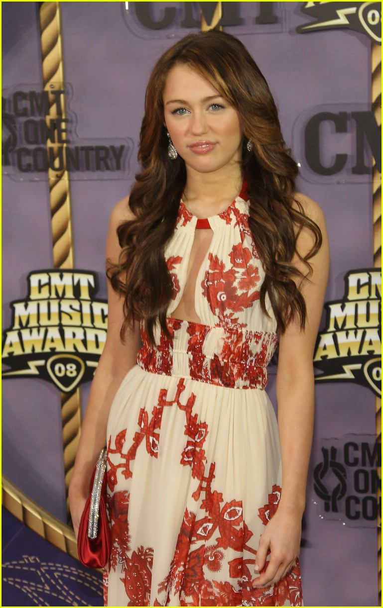 miley cyrus cmt music awards 2008 08