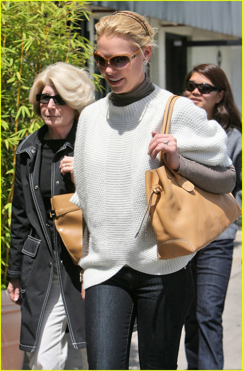 katherine heigl gets booted 121157641