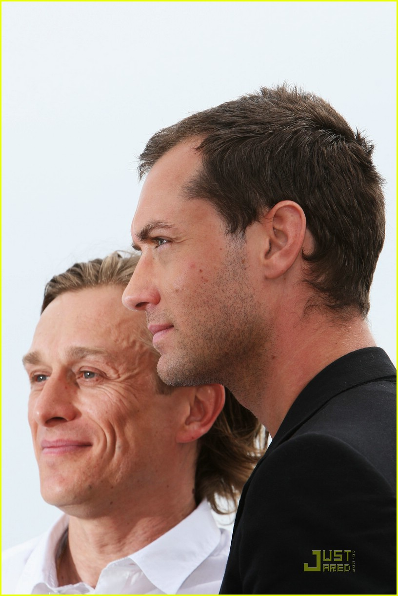 jude law cannes 05