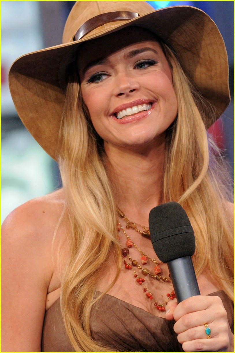 denise richards mtv trl 16