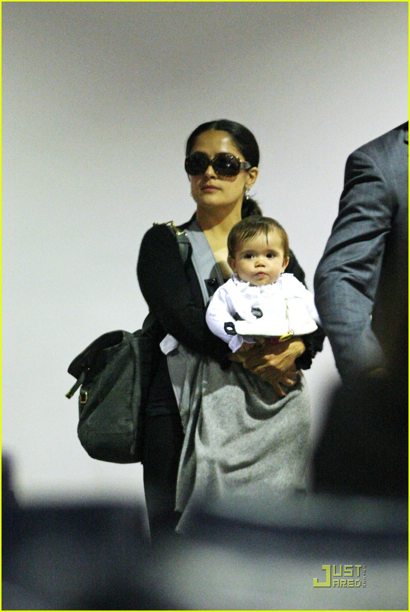 valentina pinault mothers day 041122081