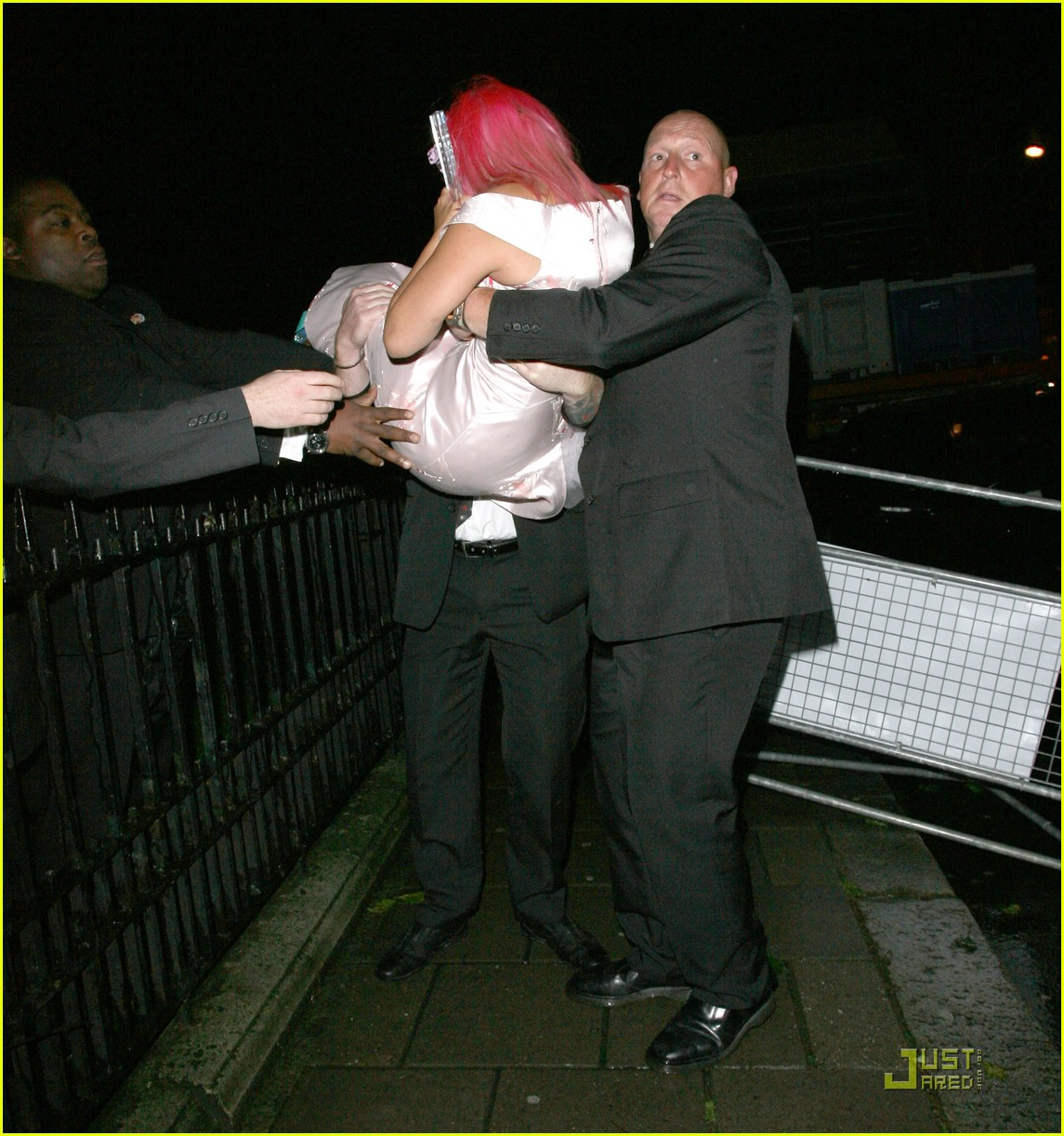 lily allen drunk 13