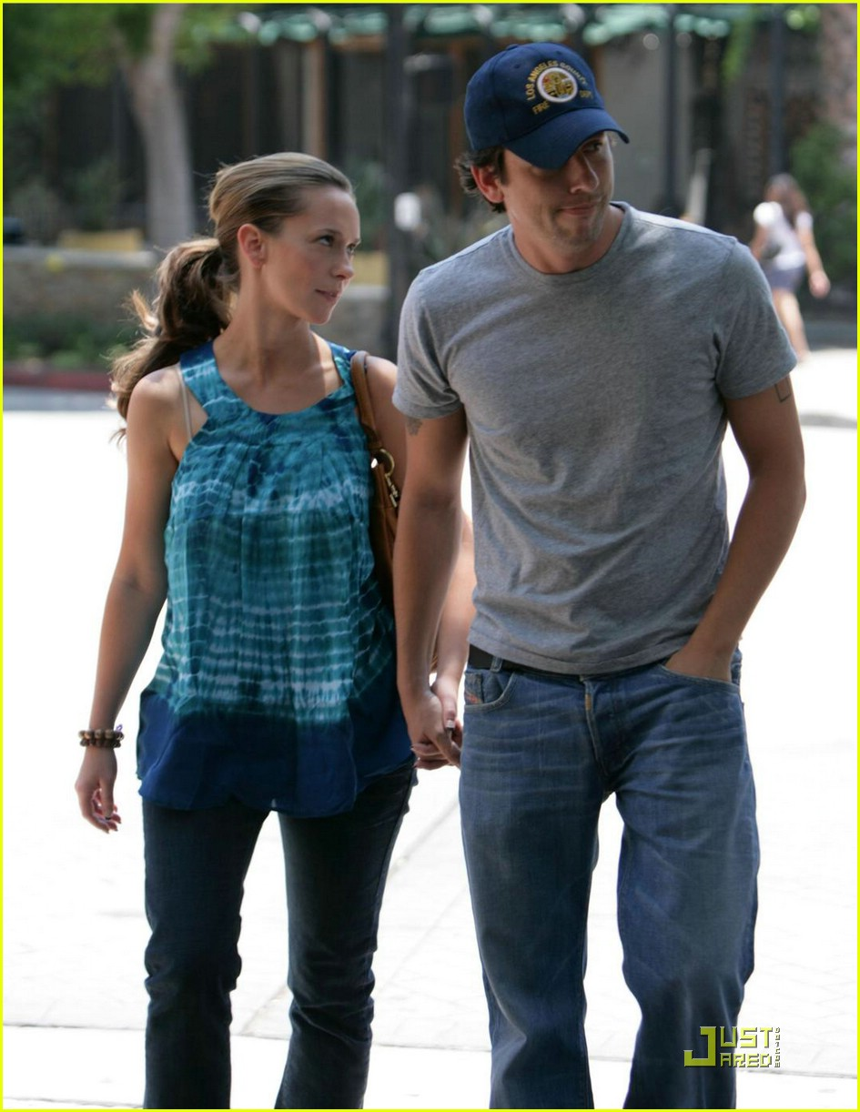 jennifer love hewitt ross mccall bicycle 04