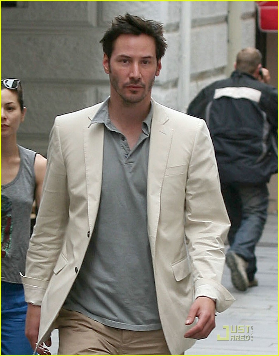 keanu reeves china chow 071208281