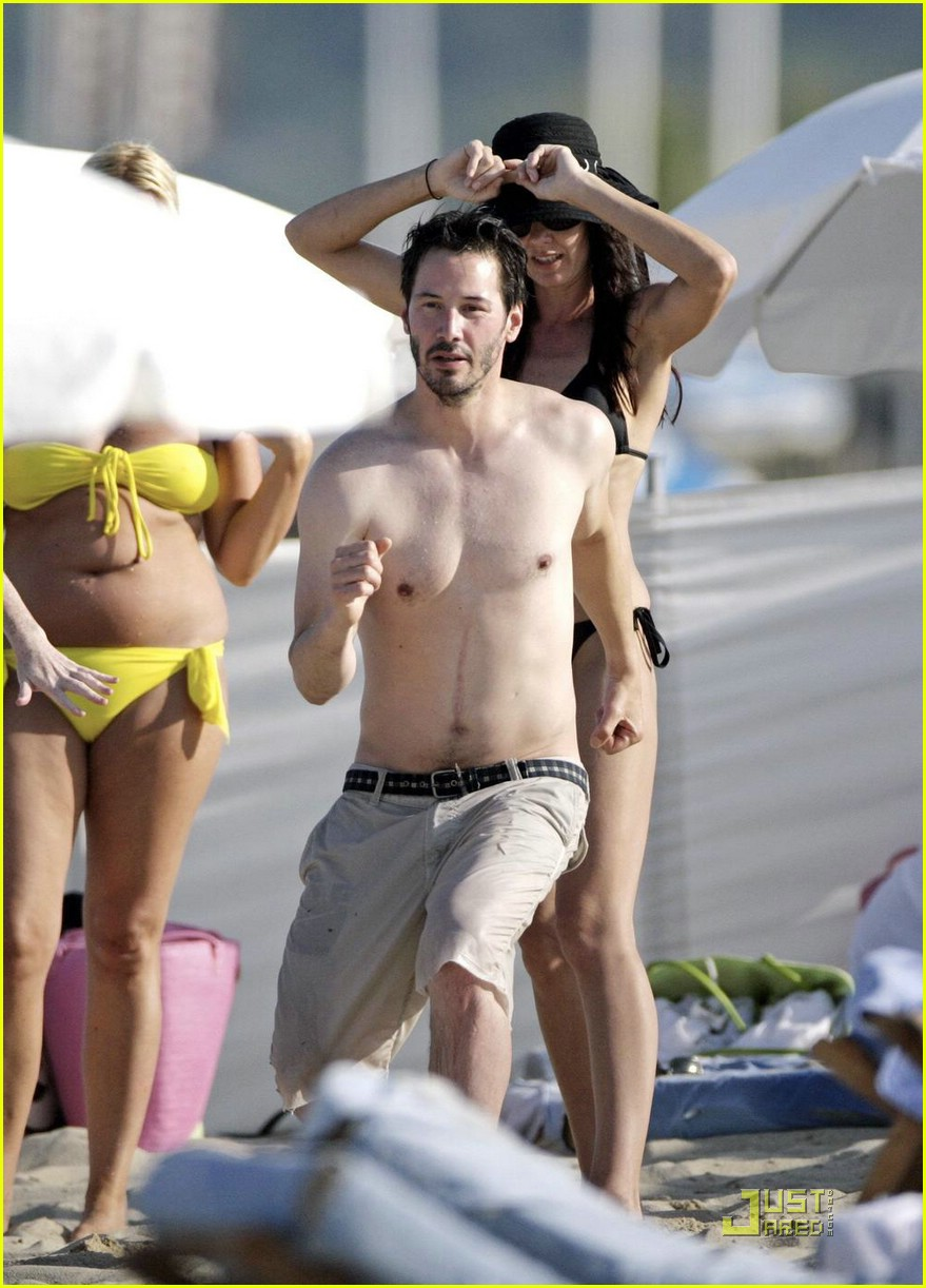 keanu reeves china chow saint tropez 06