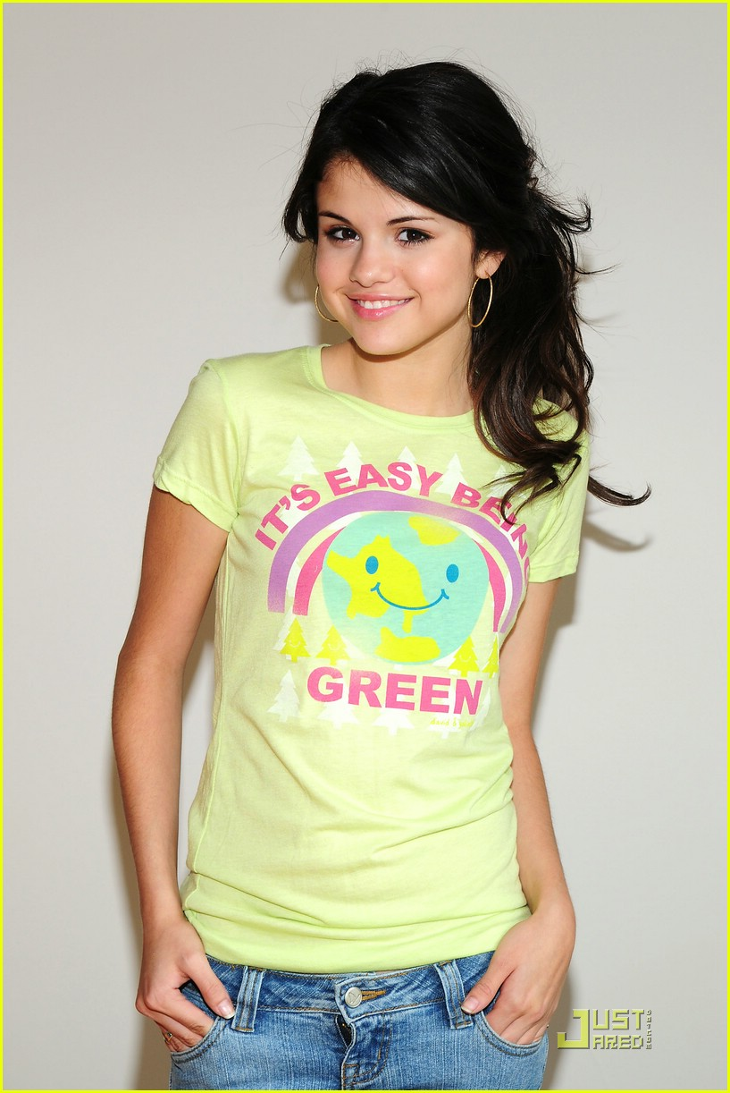 selena gomez goes green 15