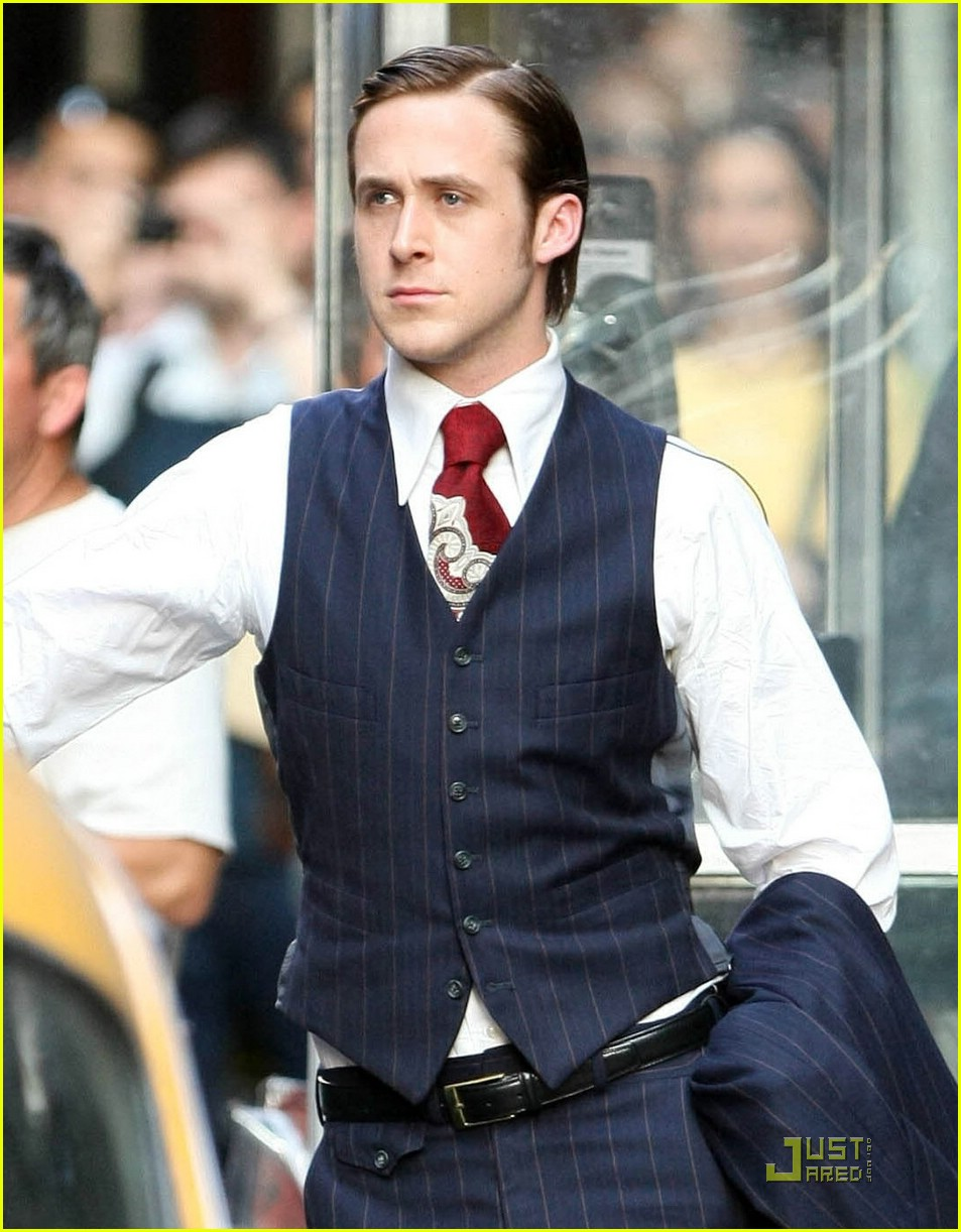 ryan gosling suit 11