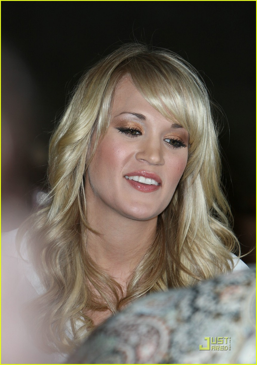 carrie underwood fan 091189321