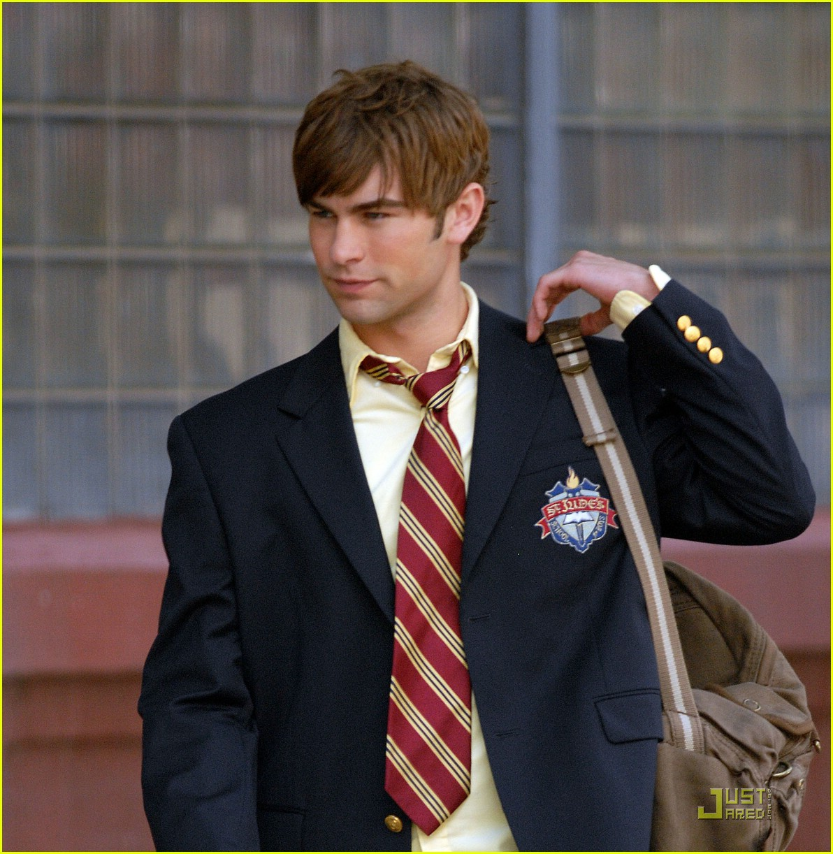 chace crawford back to school 10
