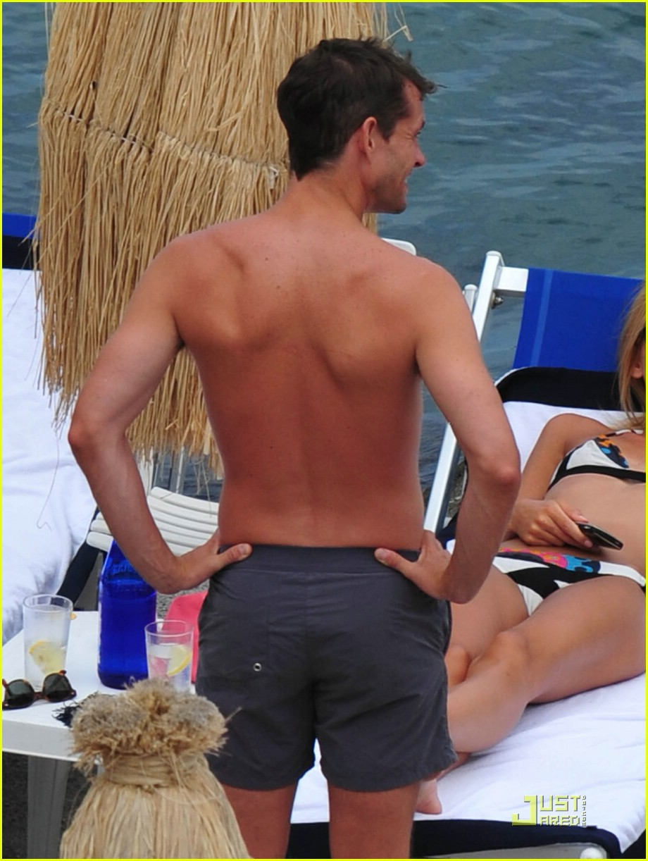 claire danes hugh dancy vacation 17