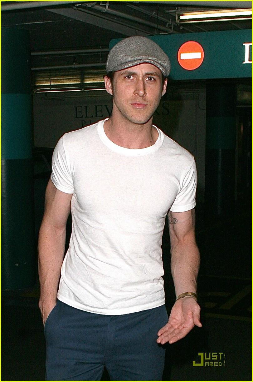 ryan gosling new girlfriend 03