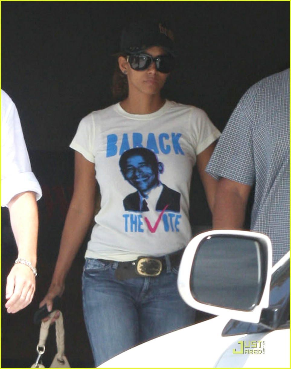 halle berry barack obama 06