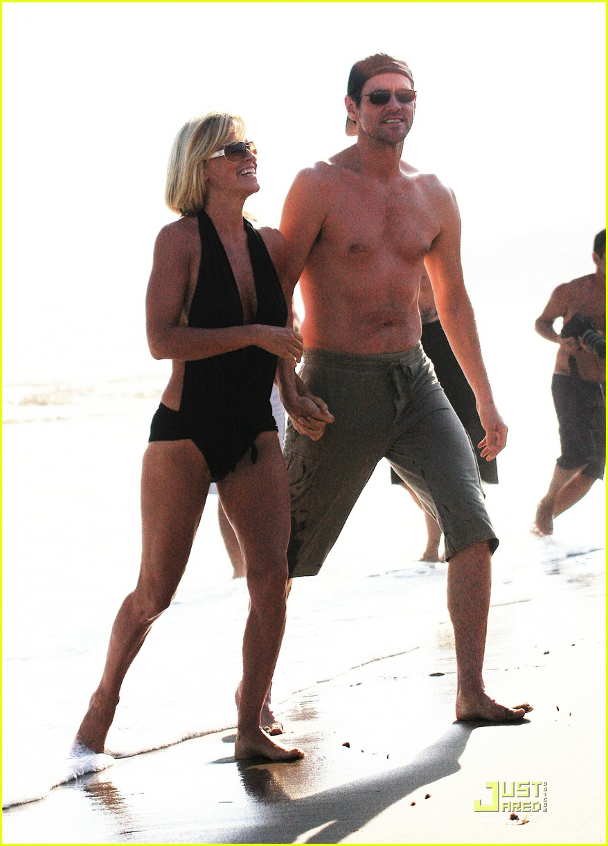 jim carrey jenny mccarthy same swimsuit 14