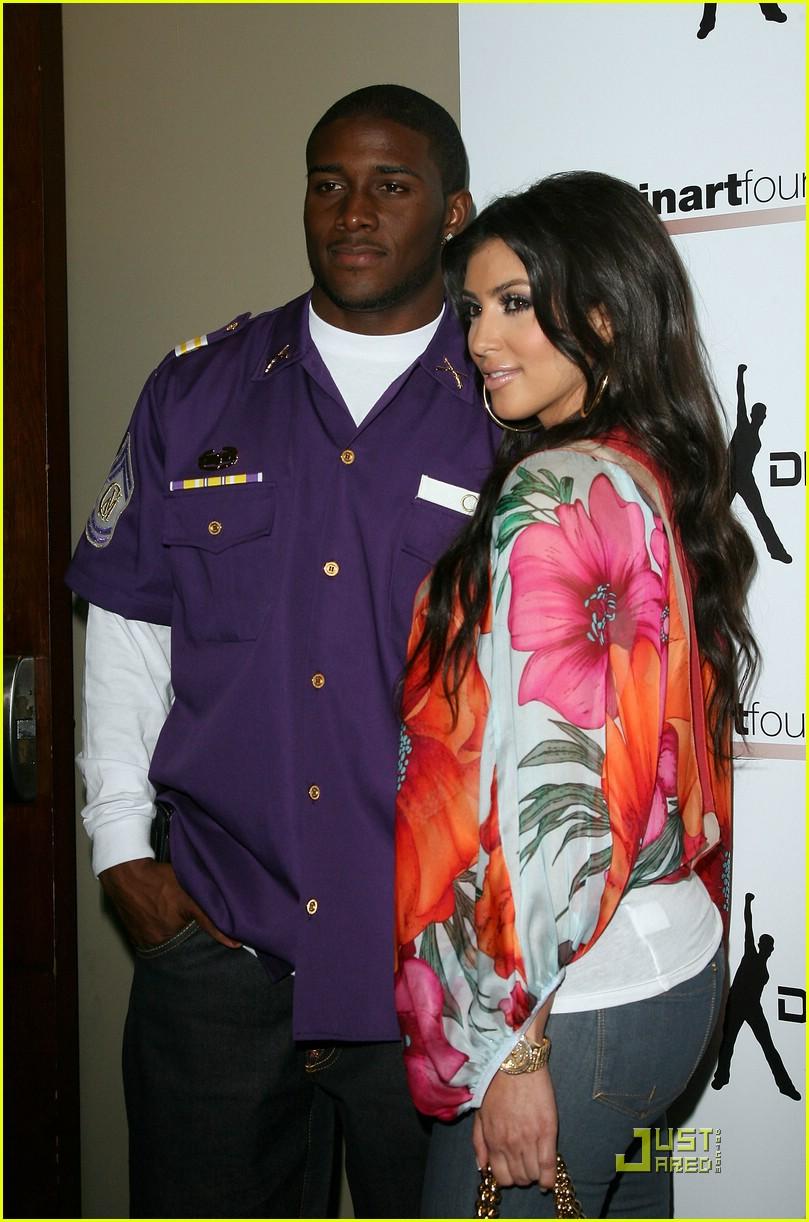 kim kardashian celebrity bowling 111282441