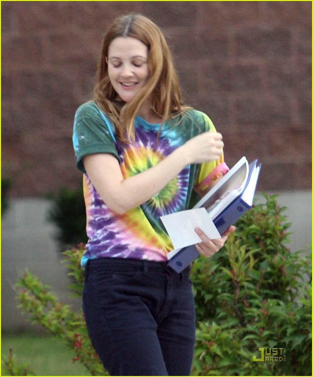 Ellen Page Whips It Good: Photo 1275741 | Drew Barrymore, Ellen Page ...