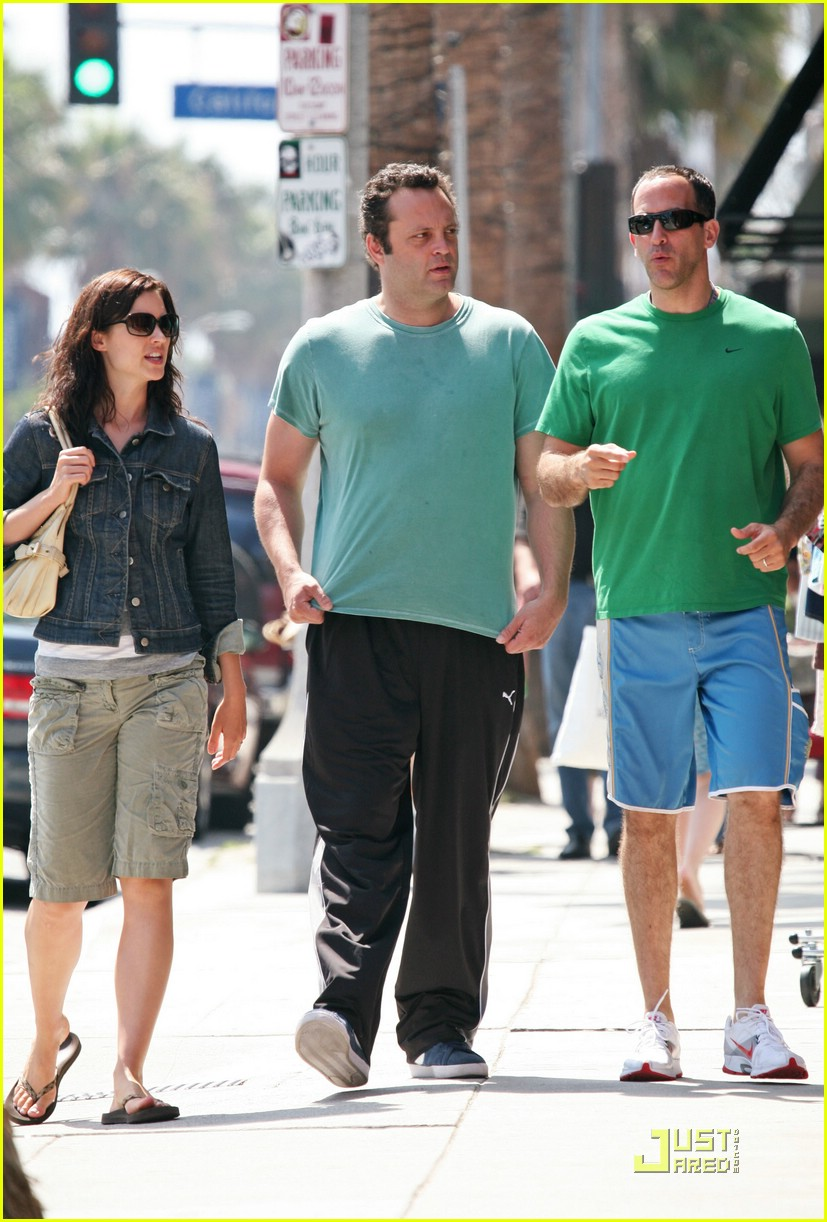 vince vaughn venice 02
