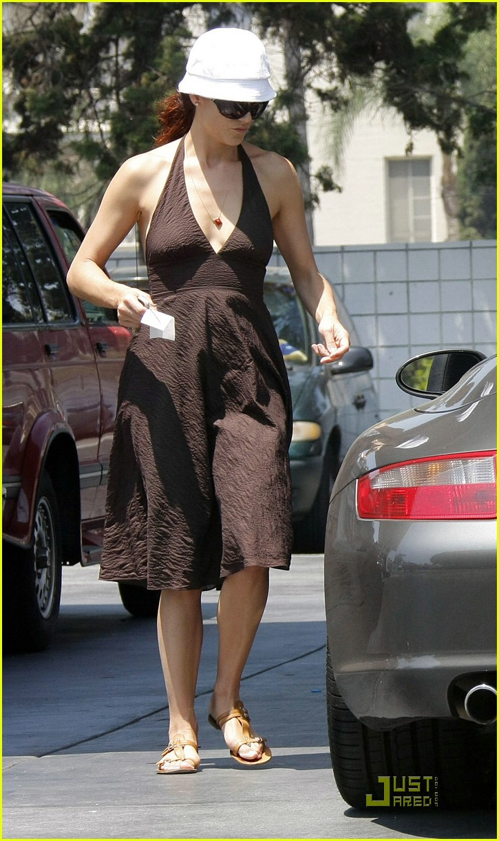 kate walsh jinky cafe 02