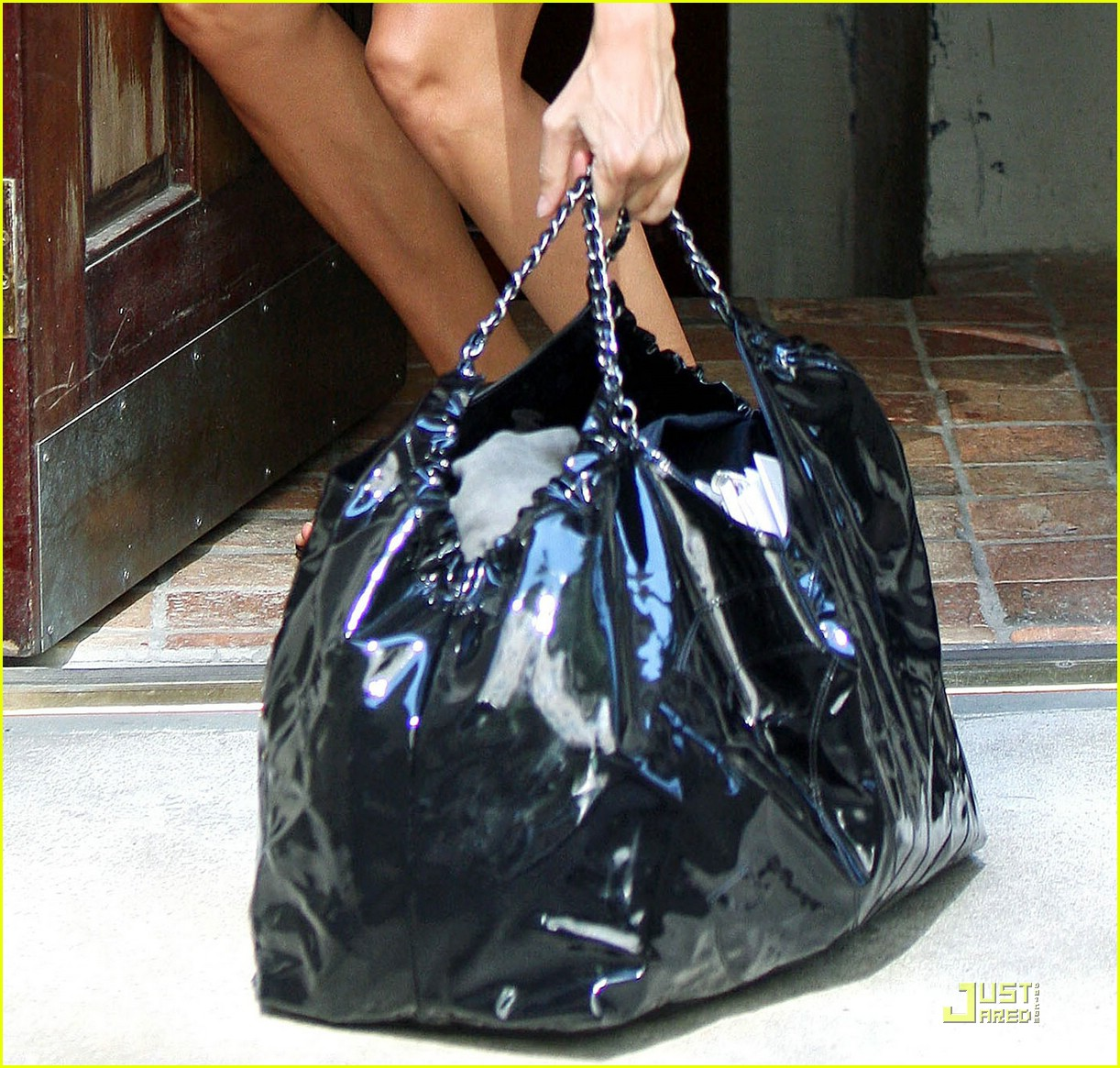 gisele bundchen bag lady 02
