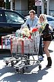 heidi montag spencer pratt grocery shopping gelsons 05