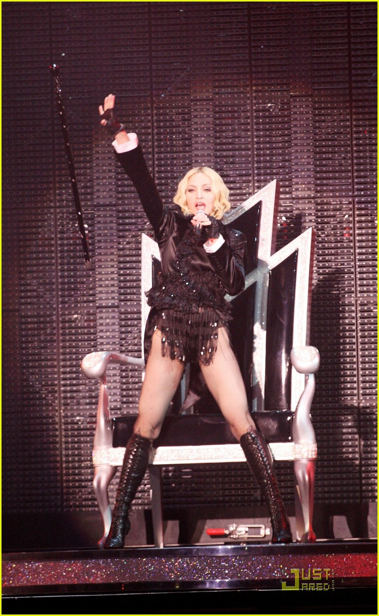 madonna sticky and sweet tour pictures 20