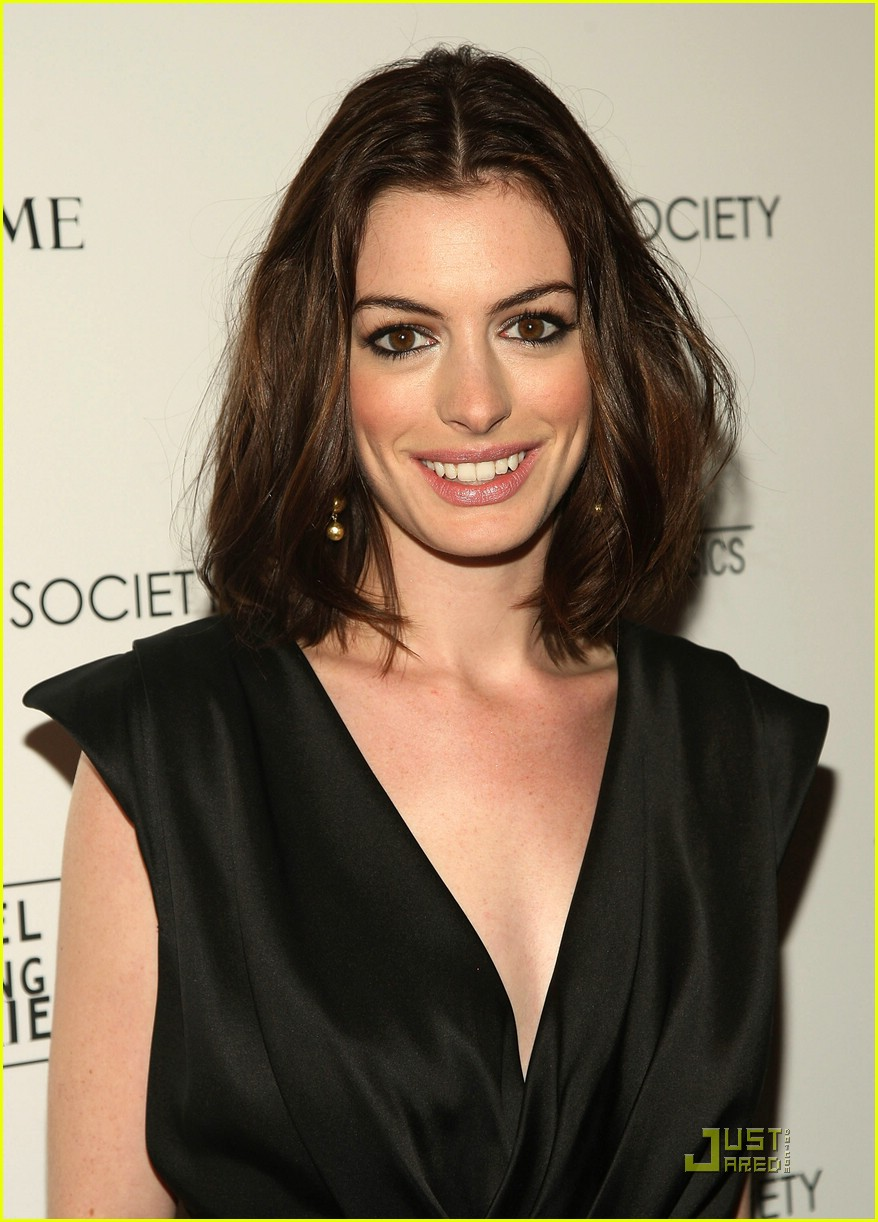anne hathaway getting married 151444131