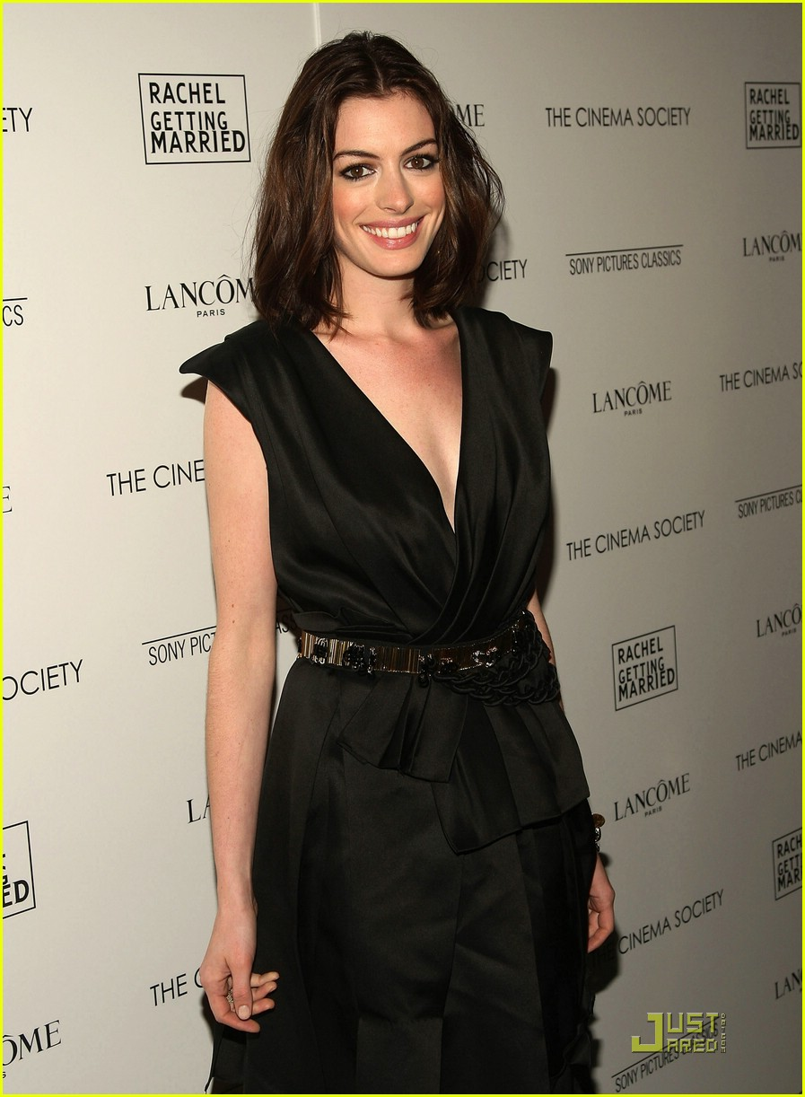 anne hathaway getting married 171444151