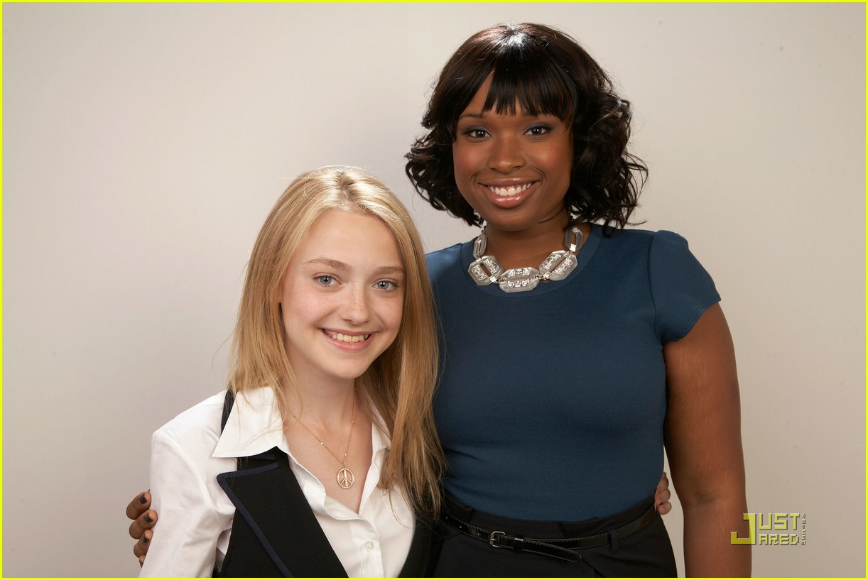 dakota fanning jennifer hudson best friends 03