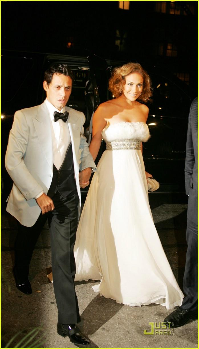 Jennifer Lopez Treats Herself To Saint Tropez Photo 1428621