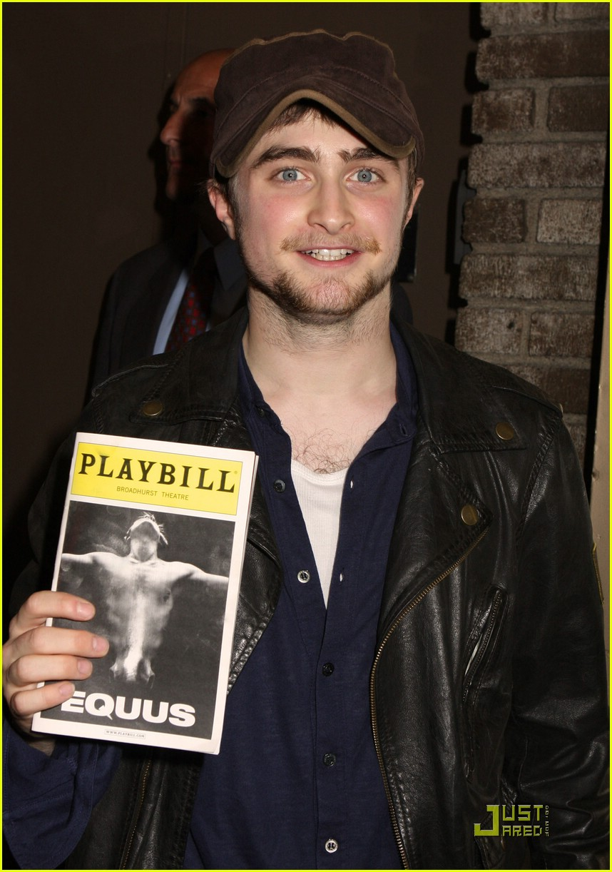 Full Sized Photo of daniel radcliffe equus 09   photofull   Just JaredEquus Daniel Radcliffe Full