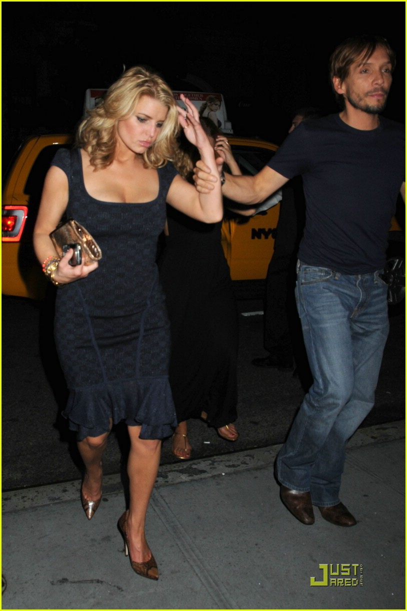 jessica simpson post party 091410701