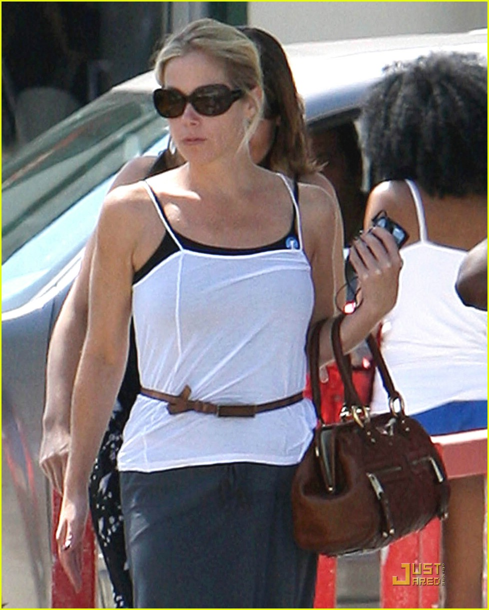 Christina Applegate  Dolce&Gabbana sunglasses