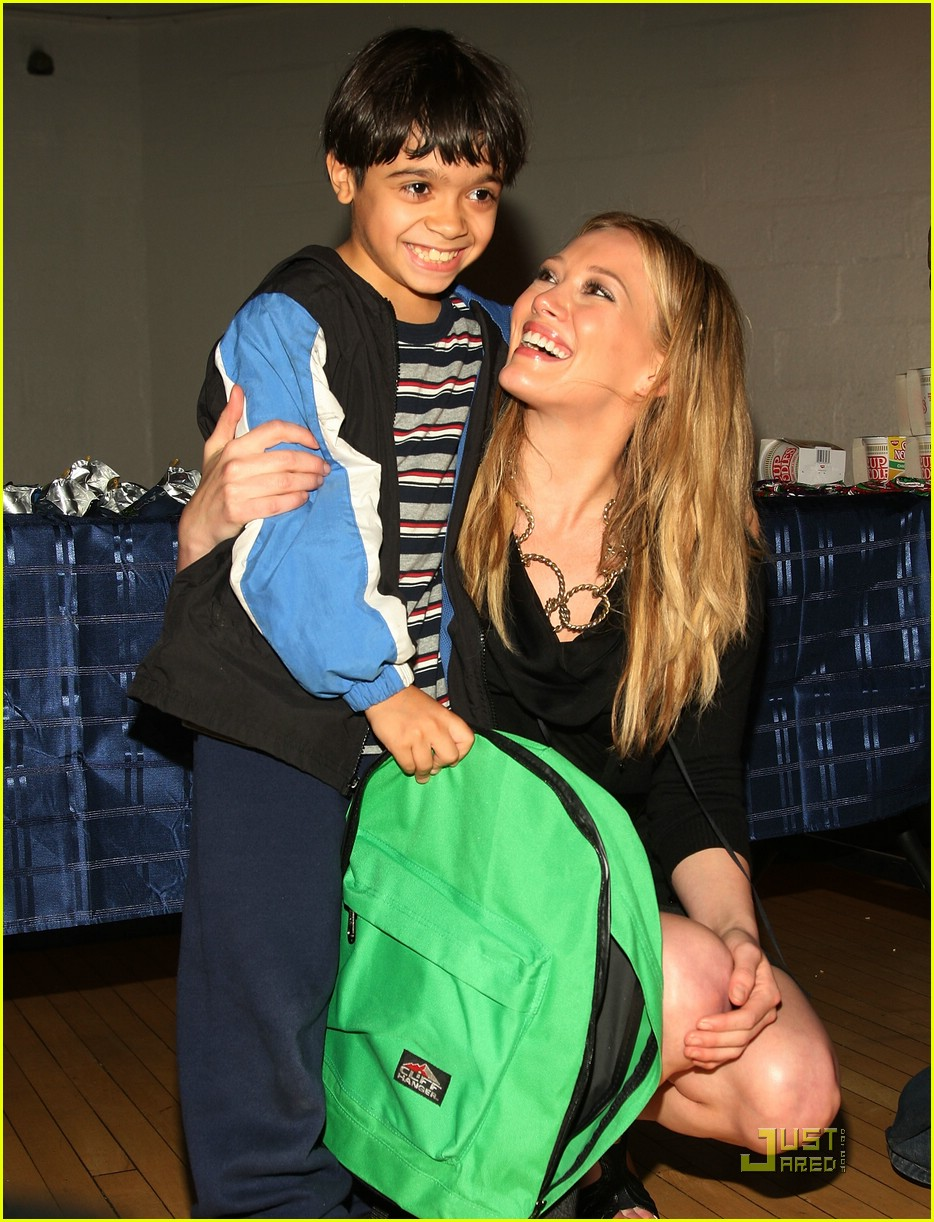 hilary duff blessings in a backpack 03