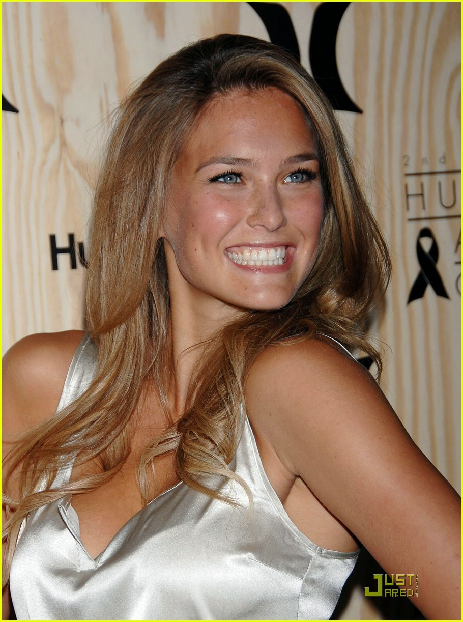 Bar Refaeli's Art Chest: Photo 1481081 | Bar Refaeli ... Bar Refaeli's