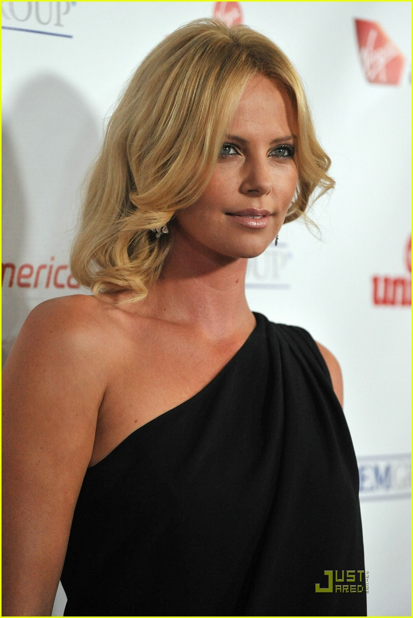 charlize theron rock the kasbah 15