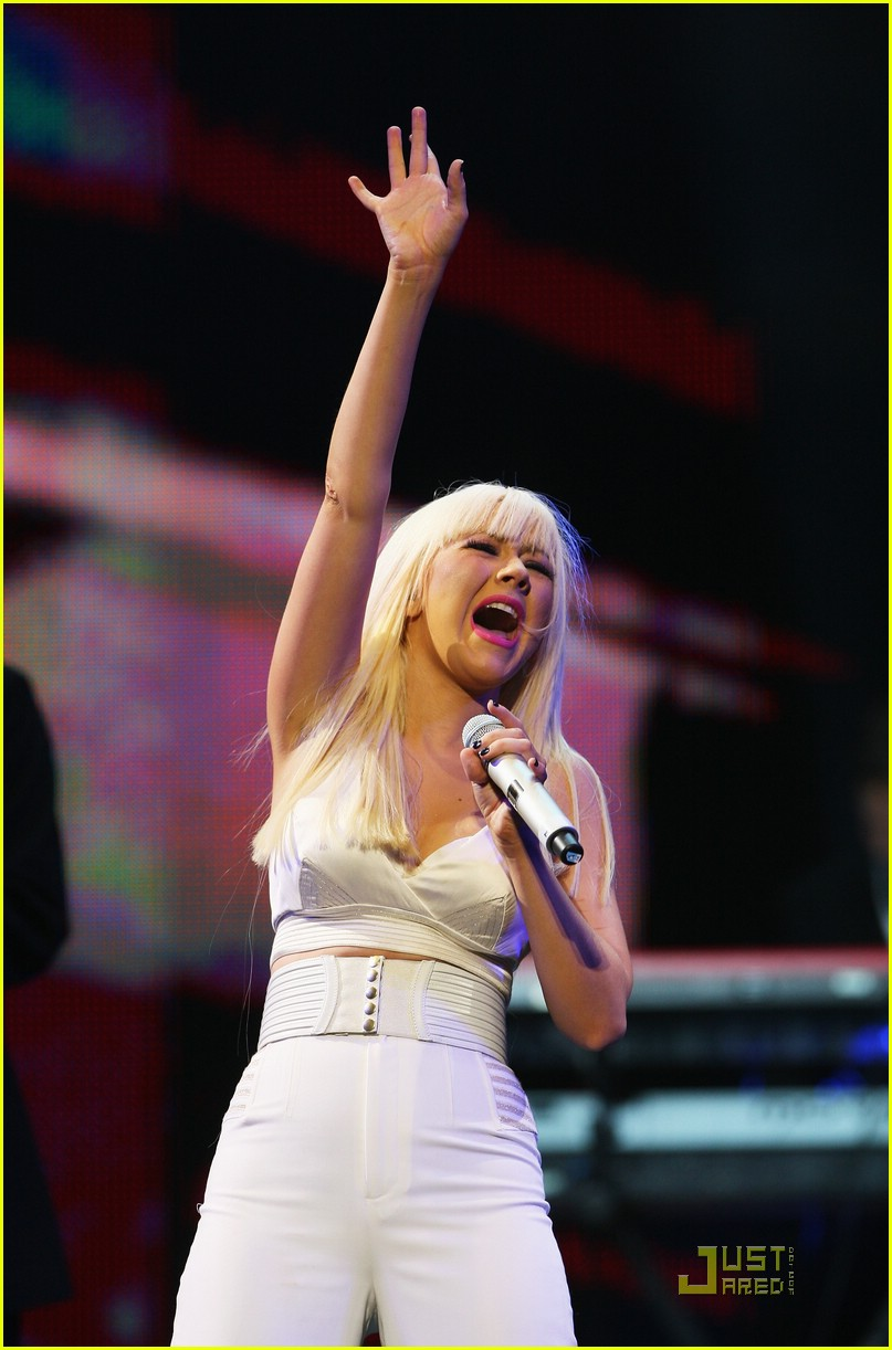 christina aguilera africa rising 04