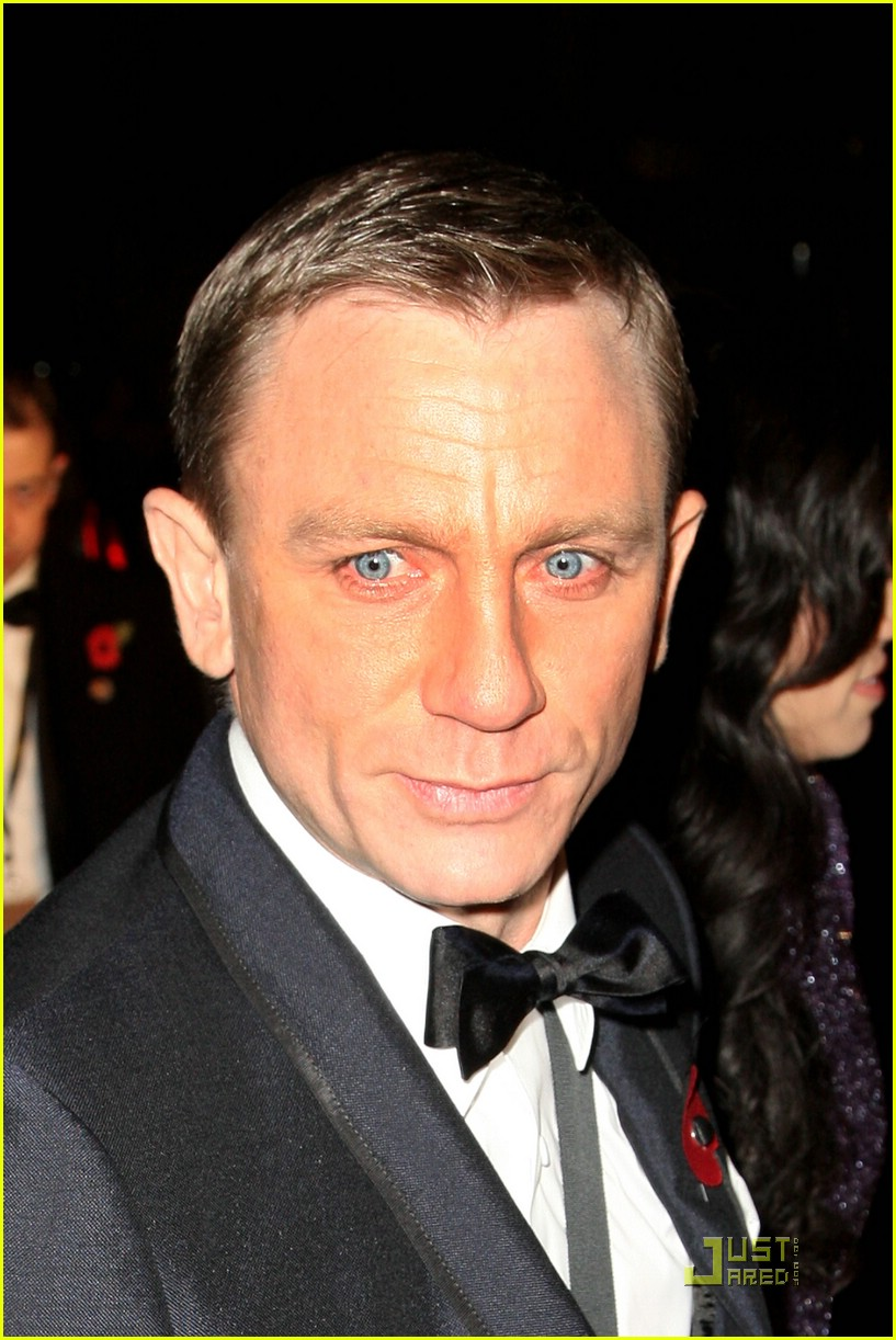 daniel craig quantum of solace world premiere 081515051