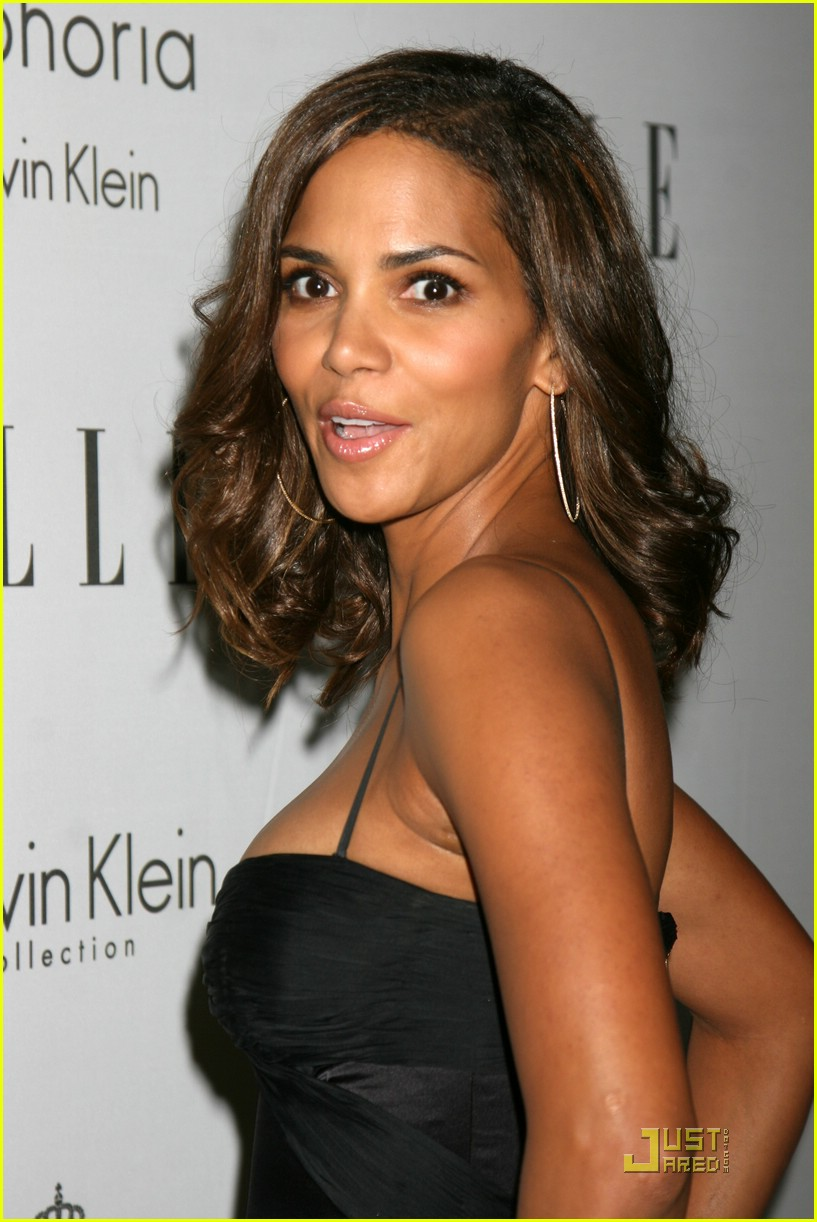 halle berry elle women in hollywood 071465471