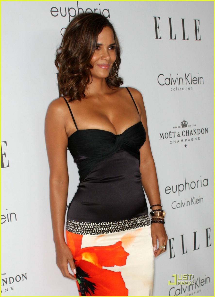 halle berry elle women in hollywood 14