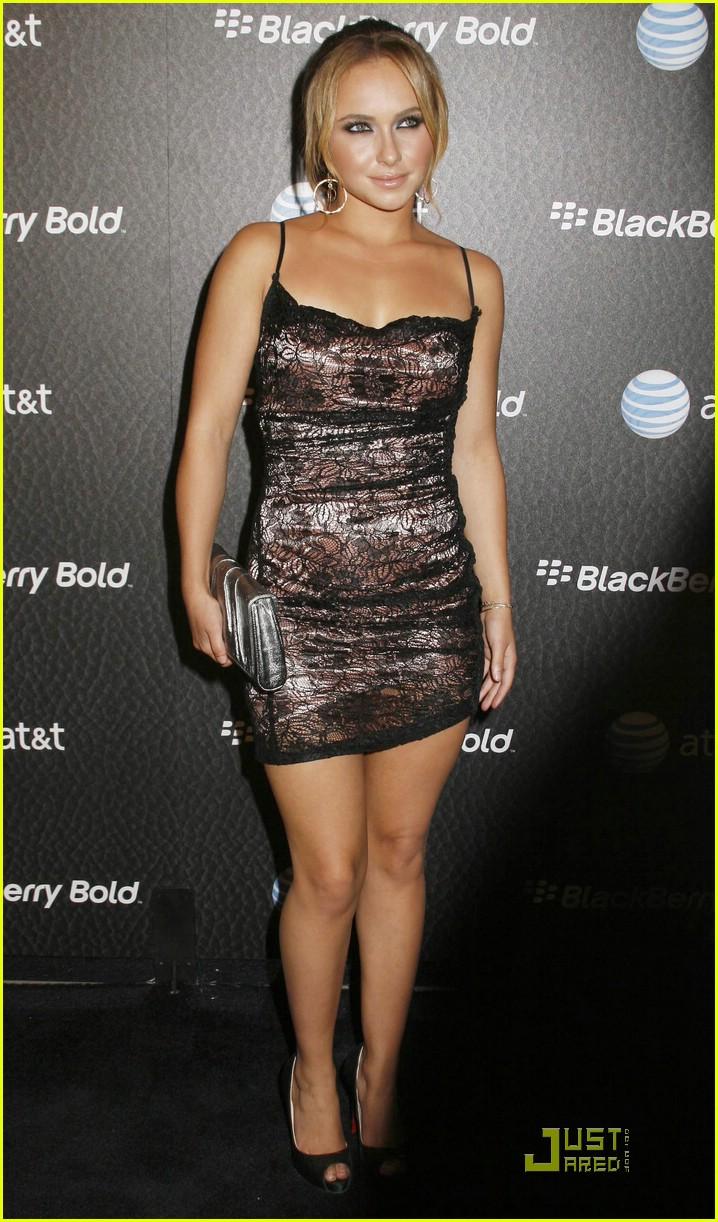 Full Sized Photo of hayden panettiere blackberry bold 06 ... Hayden Panettiere Gallery