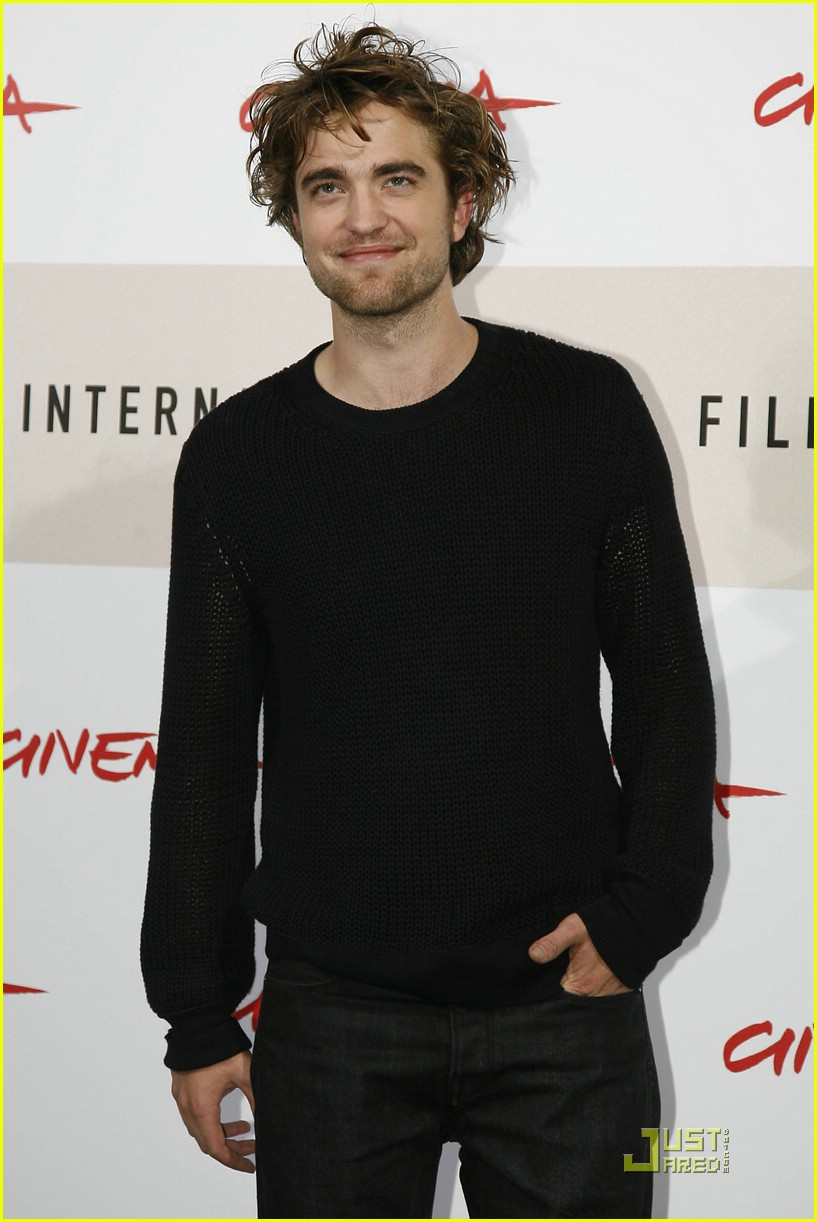 robert pattinson red hot rome 03