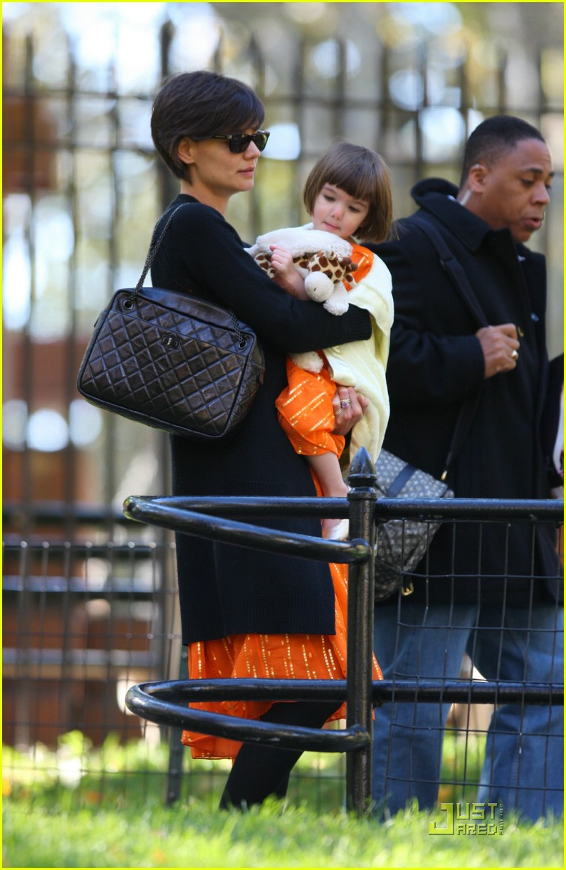 suri cruise halloween 06