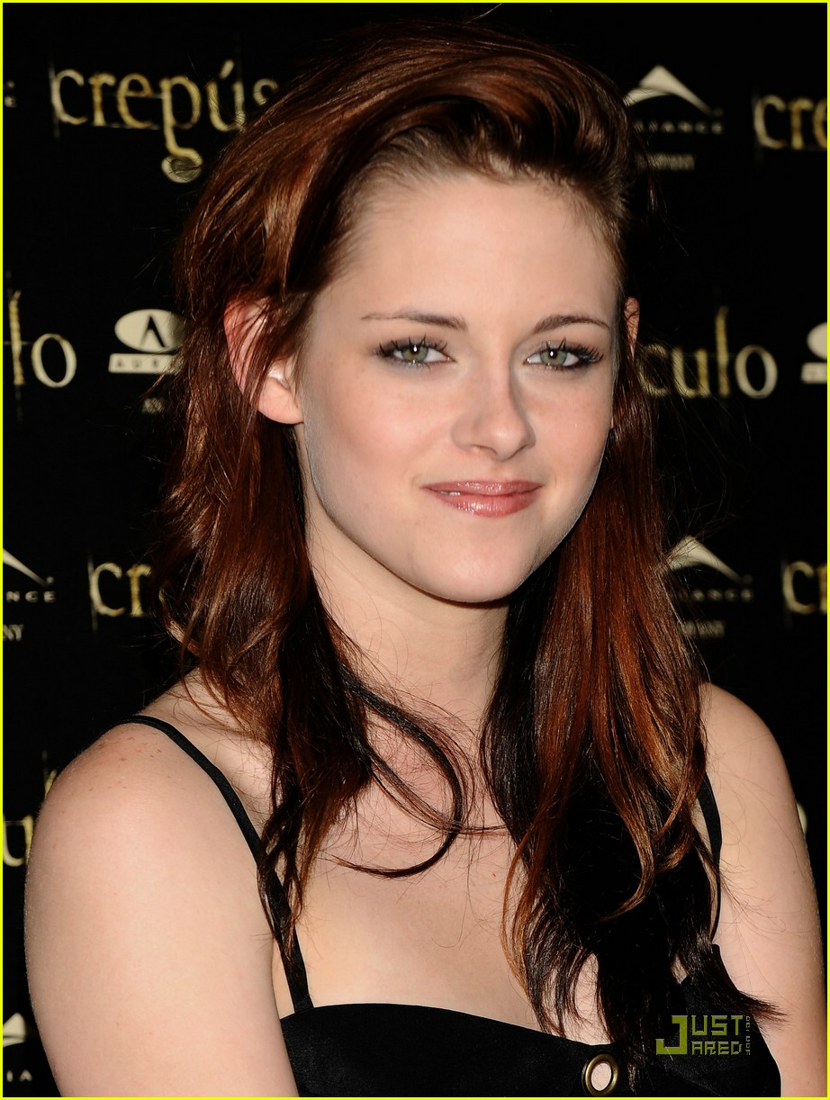 kristen cam madrid twilight 02