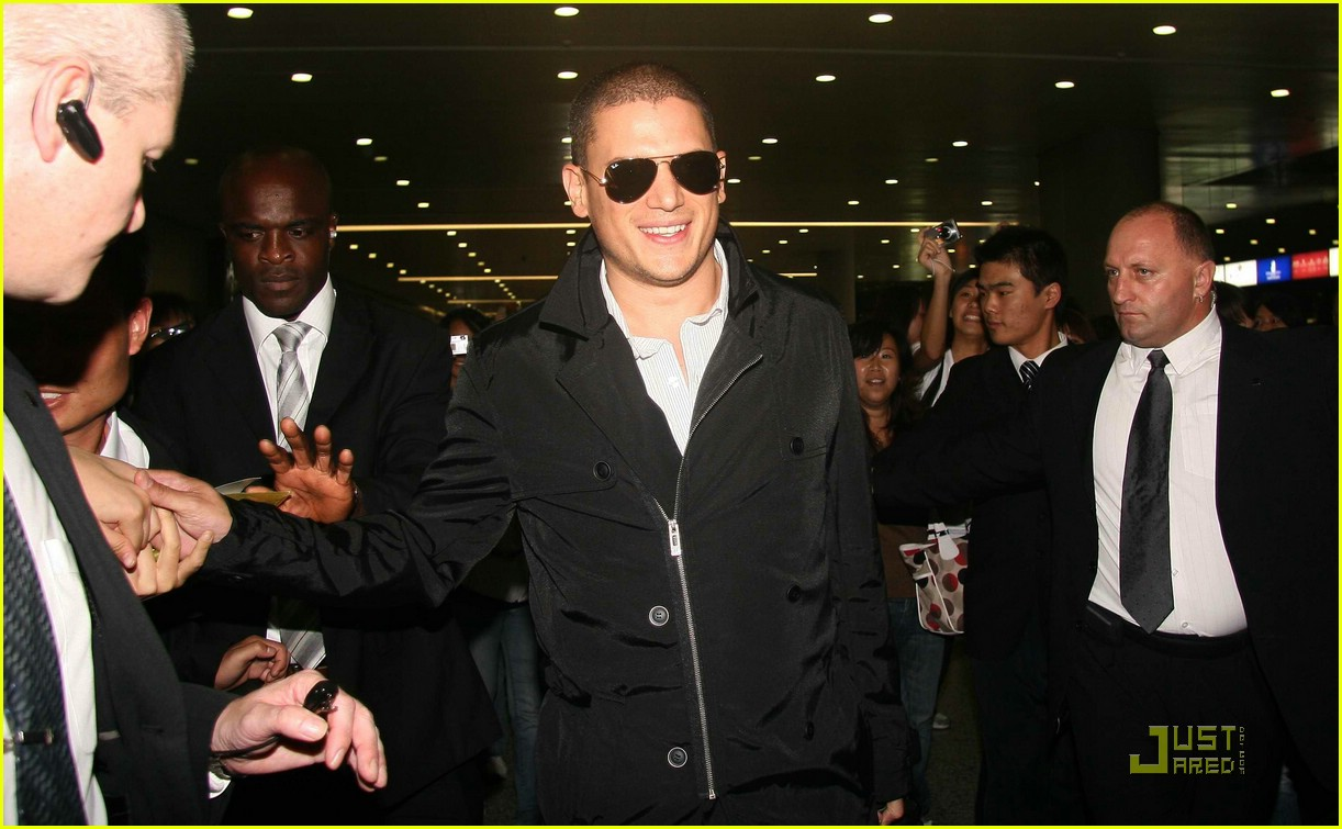 wentworth miller shangai china 05